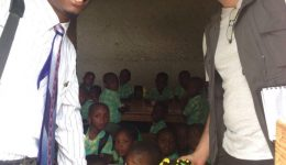 Criança no Haiti